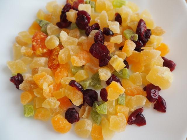 甘いドライフルーツは甘いダークラム等に良く合う